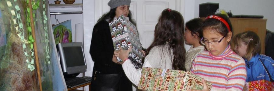 Karácsonyi ajándékozás